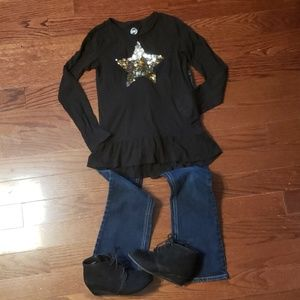 Children's Place bootcut Jean's and black shirt